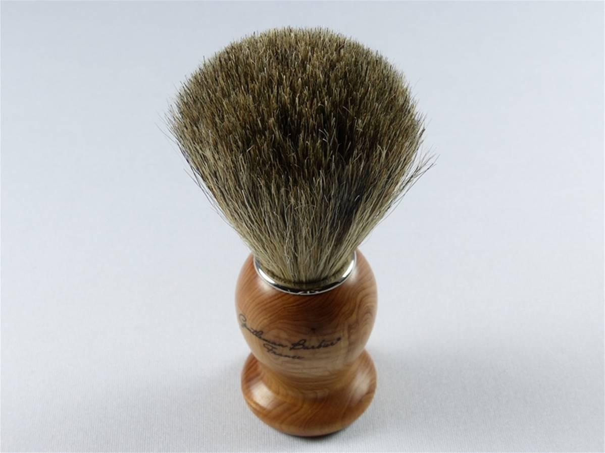 brosse raser blaireau gris manche bois de cade au robinson. Black Bedroom Furniture Sets. Home Design Ideas